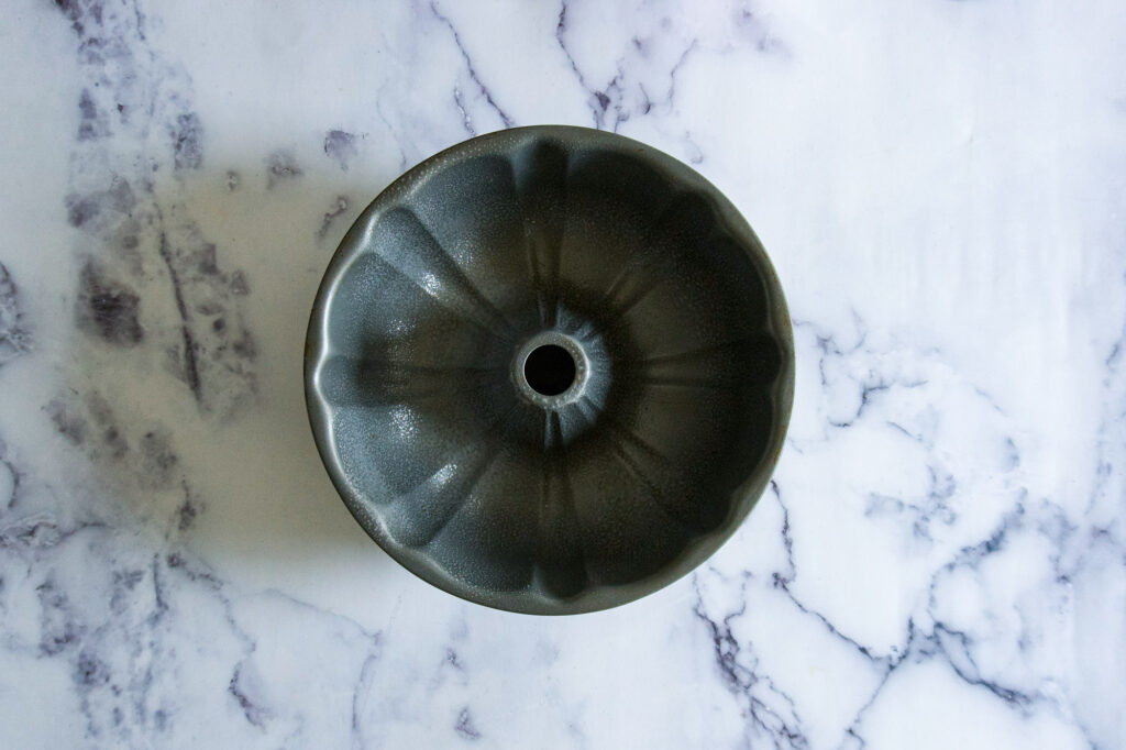 Empty bundt pan.
