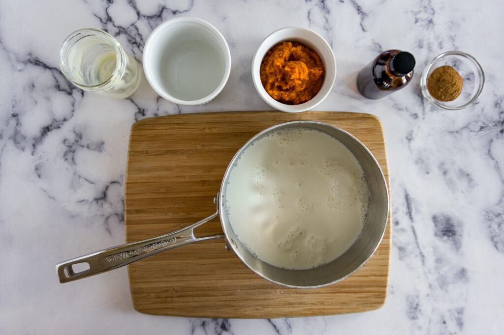 Cream in the pot.