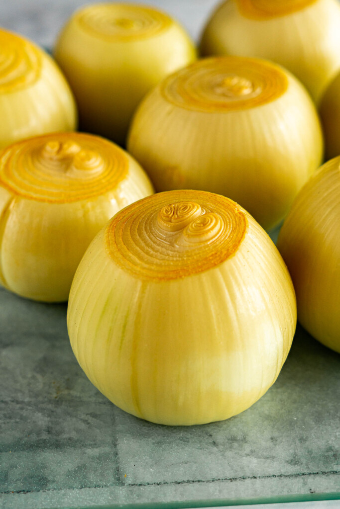 A stack of smoked onions.