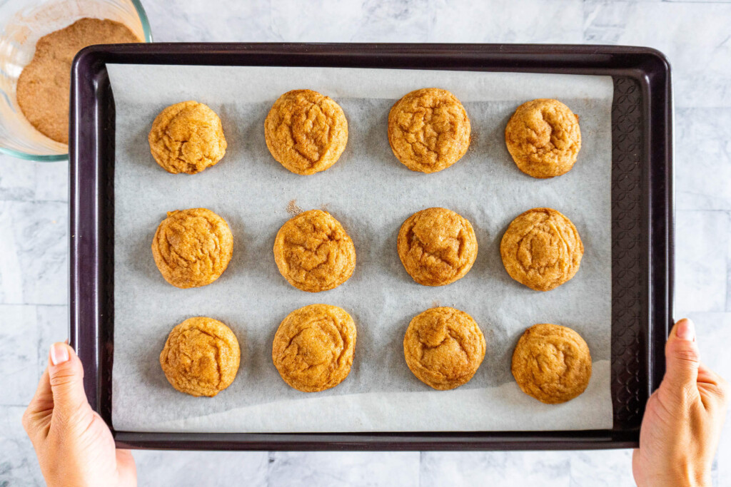 Fully baked snickerdoodle cookies.